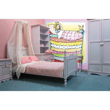 Fotobehang Princess in Bunk Bed